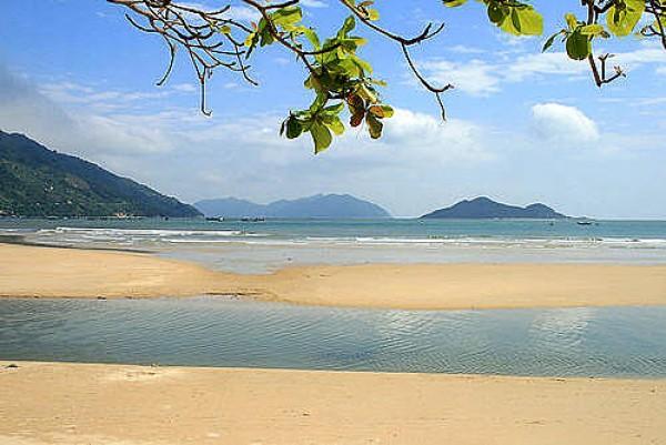 "Ca Na Beach – the ""Sleeping Princess"""