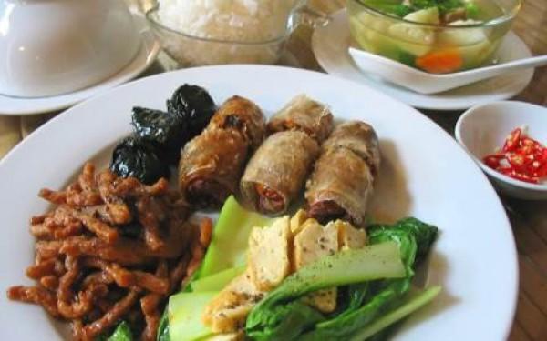 Vegetarian eating in Vietnam – same, same but different!