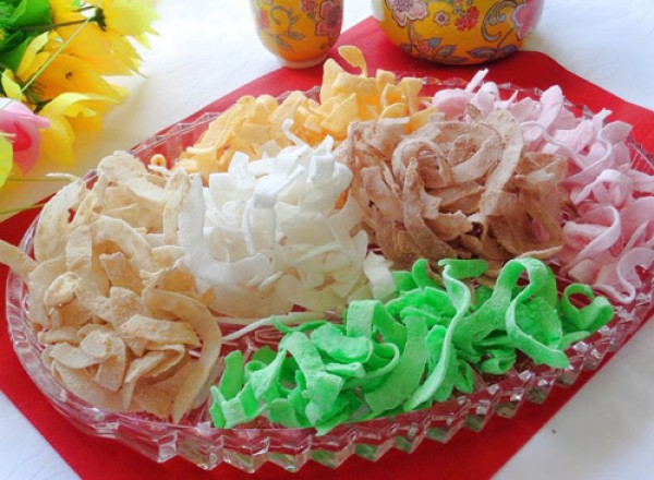 """""""Mứt Tết"""", very delicious preserved fruit!"""